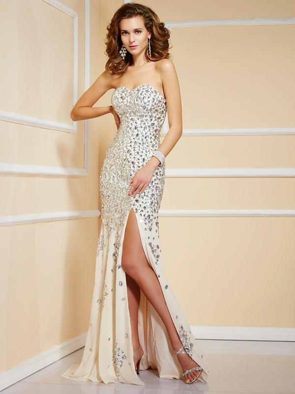 Sheath/Column Sweetheart Beading Dress with Chiffon
