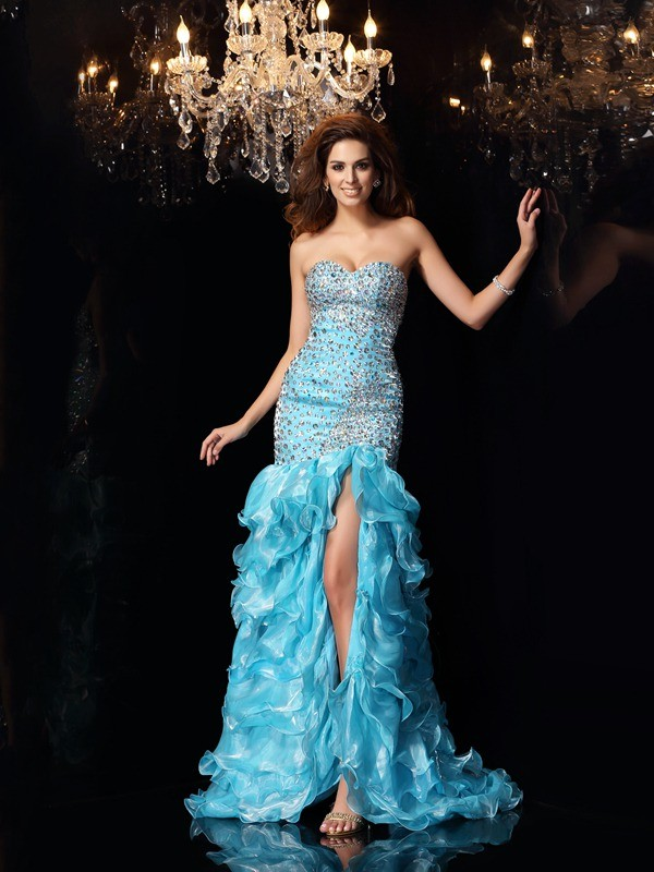 Trumpet/Mermaid Sweetheart Beading Sleeveless High Low Organza Dresses