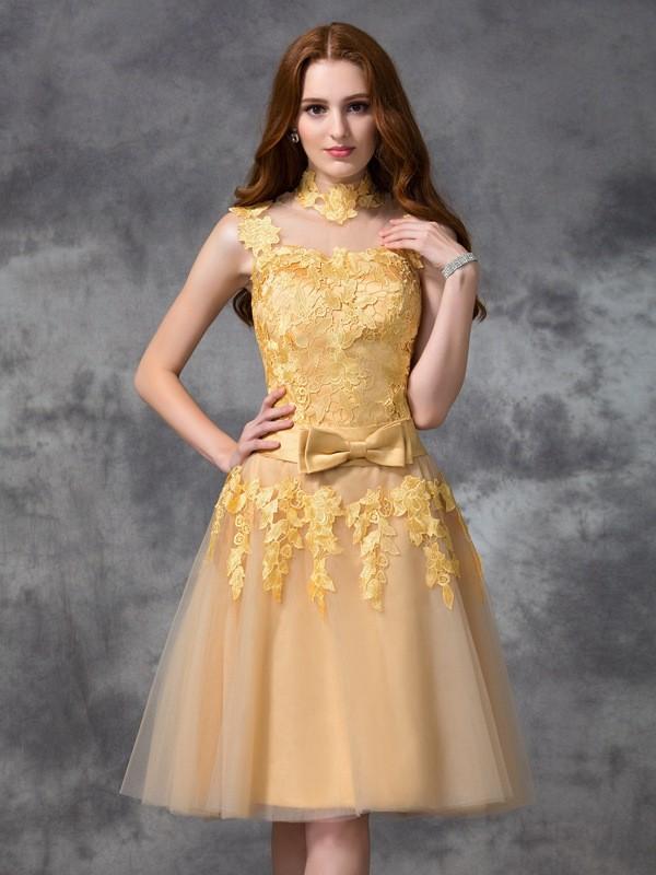 A-line/Princess Applique Sleeveless Short Lace Cocktail Dresses
