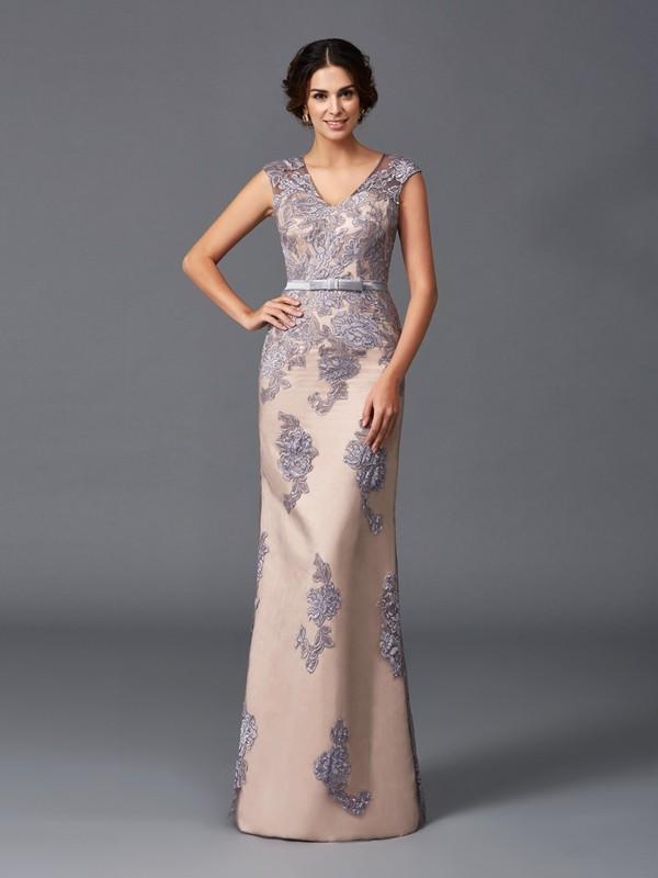 Sheath/Column Straps Applique Satin Dress