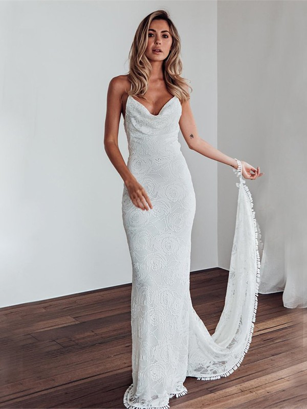 Sheath/Column Lace Spaghetti Straps Sleeveless Sweep/Brush Train Wedding Dresses