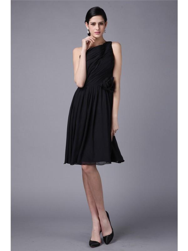 Sheath/Column One-Shoulder Pleats Short Chiffon Bridesmaid Dress