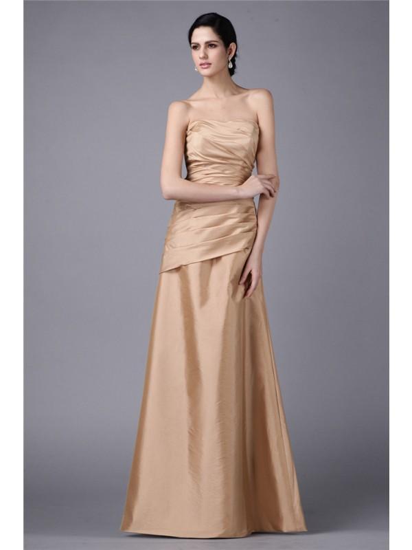 Sheath/Column Strapless Pleats Long Taffeta Dress