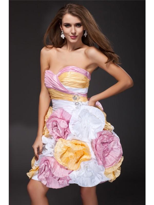 A-Line/Princess Sweetheart Ruffles Taffeta Cocktail Dress