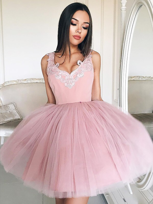 A-Line/Princess V-neck Tulle Short/Mini Dress