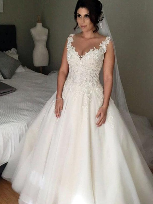 Ball Gown Sleeveless V Neck Court Train Applique Lace Tulle Wedding Dress