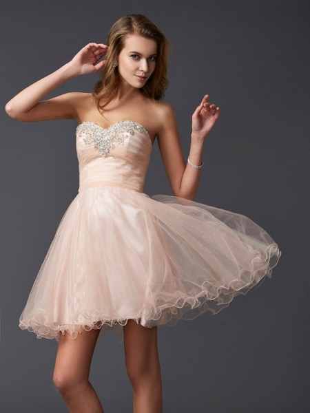 A-Line/Princess Sweetheart Short Silk like Satin Homecoming Dress