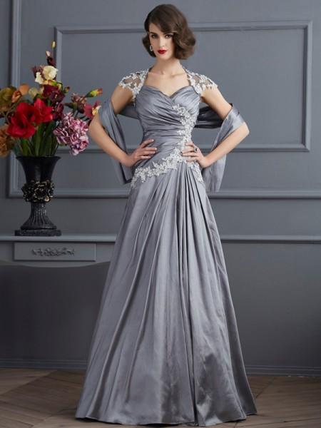 A-Line/Princess Sweetheart Short Sleeves Beading Long Taffeta Dress