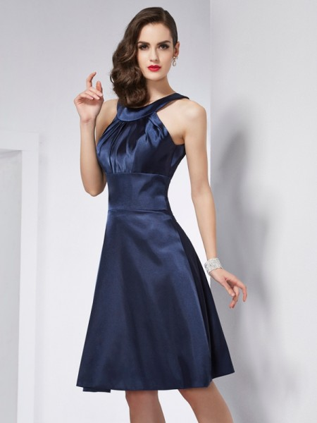 A-Line/Princess Scoop Pleats Short Elastic Woven Satin Bridesmaid Dress