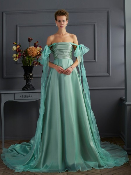 A-Line/Princess Off the Shoulder Long Taffeta Dress