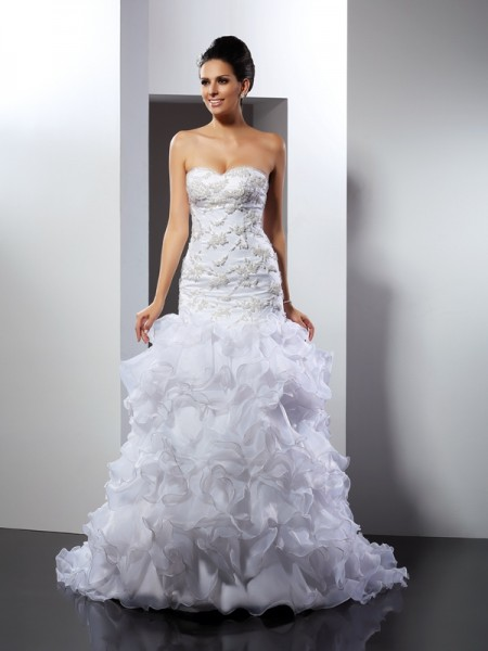 Trumpet/Mermaid Sweetheart Beading Long Organza Wedding Dress