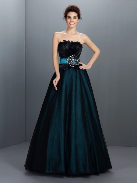 Ball Gown Strapless Feathers/Fur Long Elastic Woven Satin Quinceanera Dress