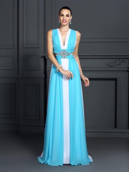 A-Line/Princess Halter Ruffles Dress with Long Chiffon