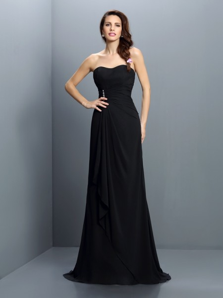 Trumpet/Mermaid Strapless Pleats Bridesmaid Dress with Long Chiffon