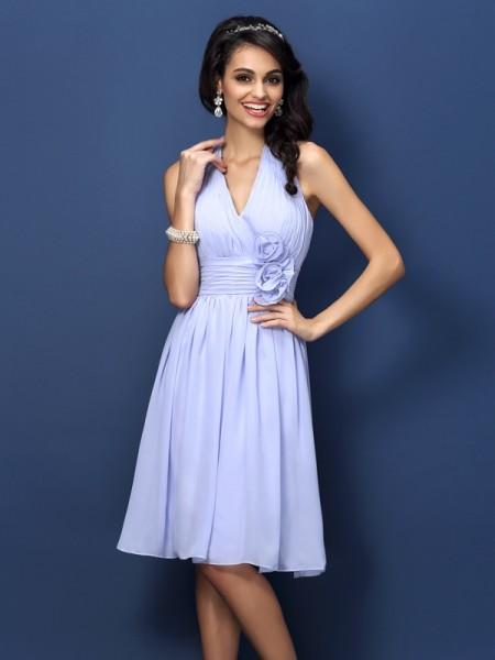 A-Line/Princess Halter Short Chiffon Bridesmaid Dress