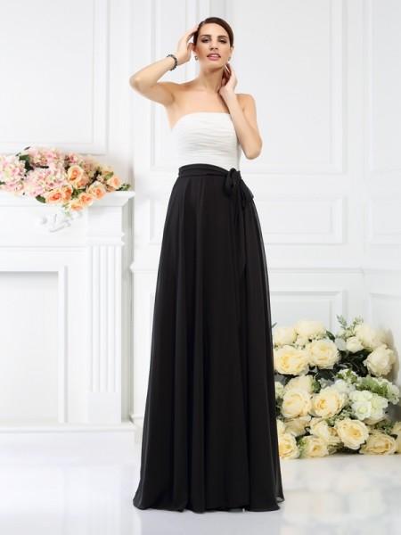 A-Line/Princess Strapless Sash/Ribbon/Belt Bridesmaid Dress with Long Chiffon