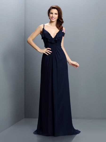 A-Line/Princess Spaghetti Straps Pleats Bridesmaid Dress with Long Chiffon