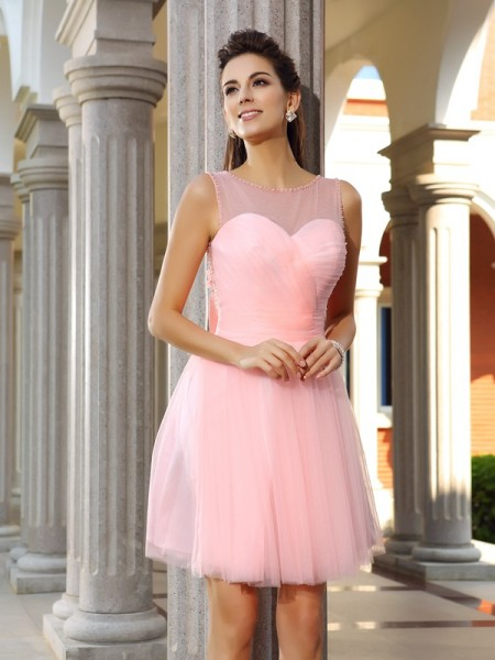 A-Line/Princess Scoop Beading Short Satin Cocktail Dress