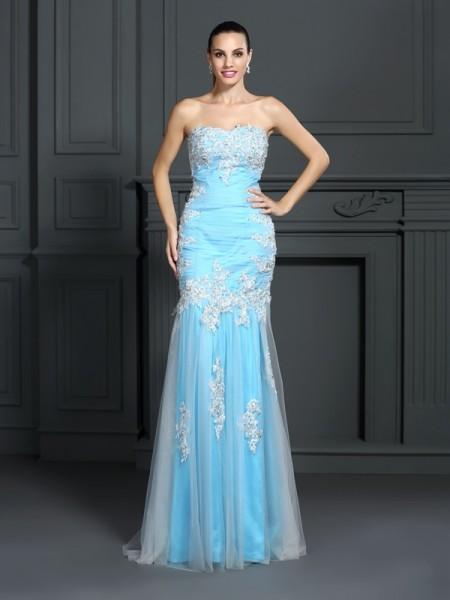Trumpet/Mermaid Strapless Applique Long Elastic Woven Satin Dress