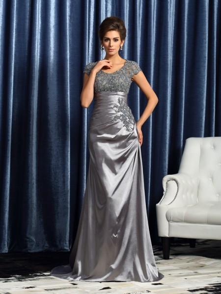 Trumpet/Mermaid Scoop Beading Short Sleeves Long Taffeta Mother of the Bride Dress