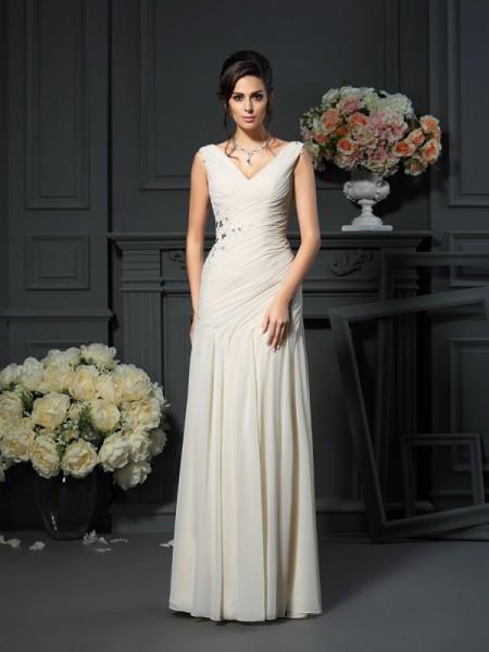 Sheath/Column V-neck Beading Mother of the Bride Dress with Long Chiffon