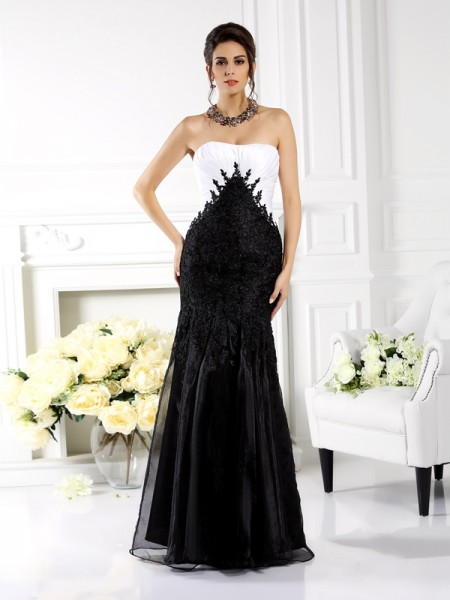 Trumpet/Mermaid Strapless Applique Long Tulle Mother of the Bride Dress