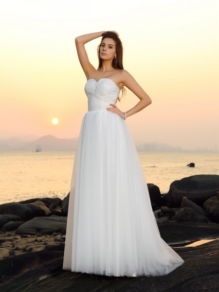 A-Line/Princess Sweetheart Long Net Beach Wedding Dress