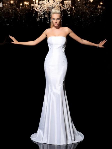 Sheath/Column Strapless Long Satin Dress
