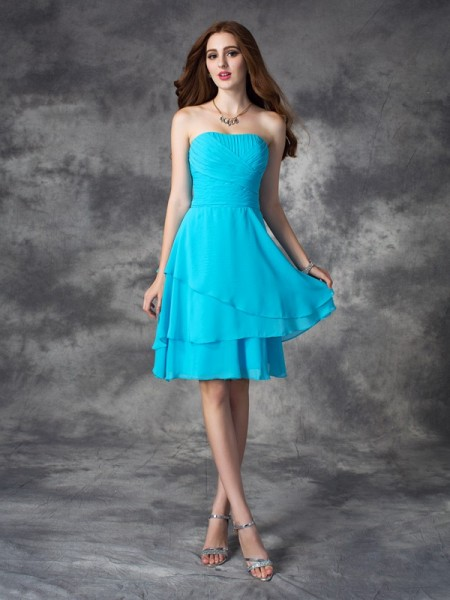 A-line/Princess Strapless Ruffles Short Chiffon Bridesmaid Dress