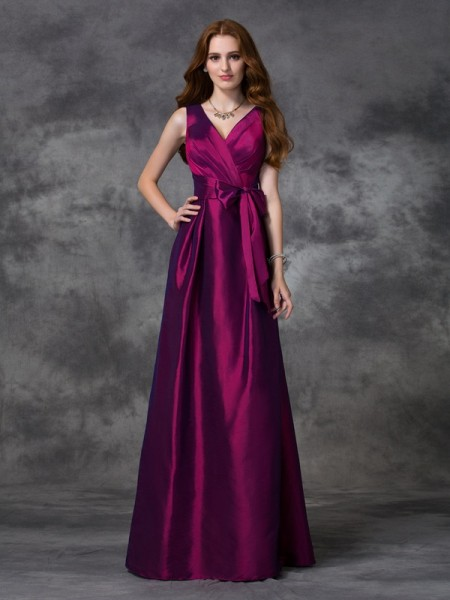 A-line/Princess V-neck Sash/Ribbon/Belt TaffetaBridesmaid Dress