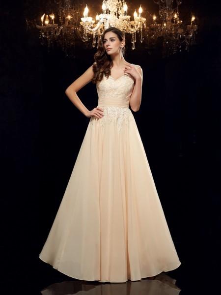 A-Line/Princess Straps Applique Chiffon Mother of the Bride Dress