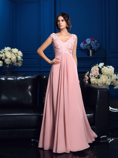 A-Line/Princess V-neck Applique Chiffon Mother of the Bride Dress