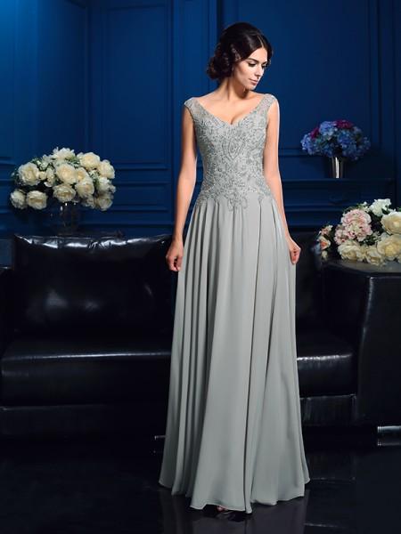 A-Line/Princess V-neck Beading Chiffon Mother of the Bride Dress