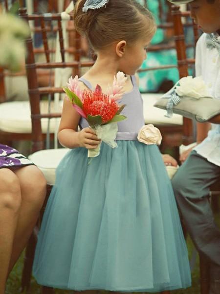 A-Line/Princess Sleeveless Square Tea-Length Hand-Made Flower Tulle Flower Girl Dress