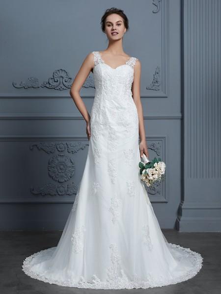 Trumpet/Mermaid V-neck Lace Court Train Tulle Wedding Dresses