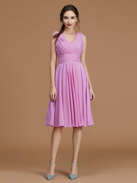A-Line/Princess V-neck Short/Mini Chiffon Ruched Bridesmaid Dresses