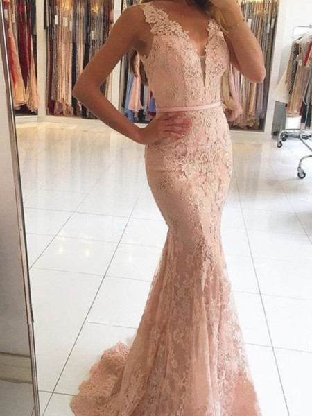Trumpet/Mermaid V-neck Sleeveless Sweep/Brush Train Lace Applique Dresses