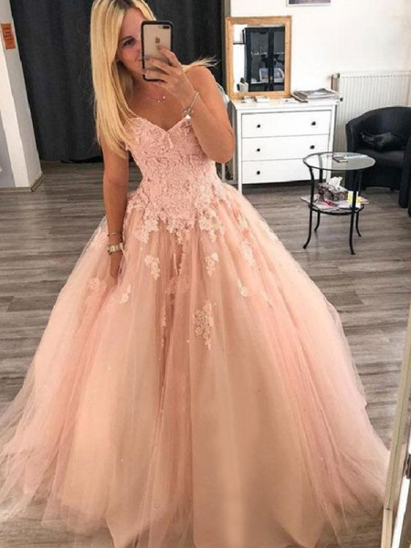 Ball Gown Sleeveless Sweetheart Applique Floor-Length Tulle Dresses