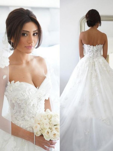Ball Gown Tulle Applique Sweetheart Sleeveless Sweep/Brush Train Wedding Dresses