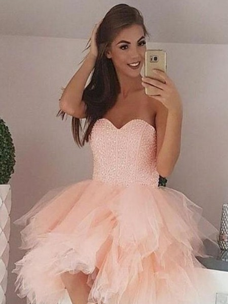 A-Line/Princess Tulle Beading Sweetheart Sleeveless Short/Mini Dresses