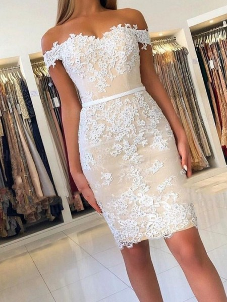 Sheath/Column Lace Sleeveless Applique Short/Mini Homecoming Dresses