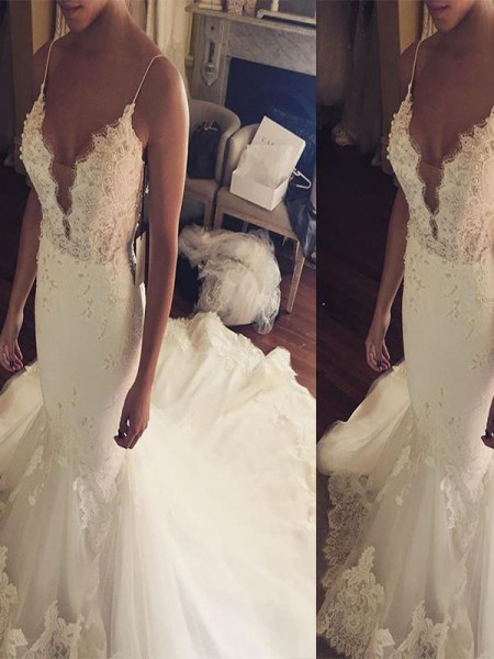 Trumpet/Mermaid Spaghetti Straps Court Train Lace Tulle Wedding Dresses