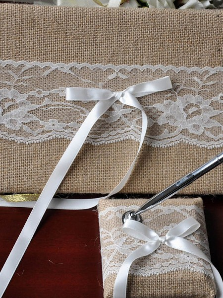 Charming Cloth With Lace Guestbook & Pen Set