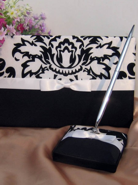 Stunning Cloth With Bowknot Guestbook & Pen Set