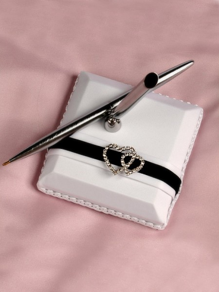 Delicate Cloth With Rhinestone Guestbook & Pen Set