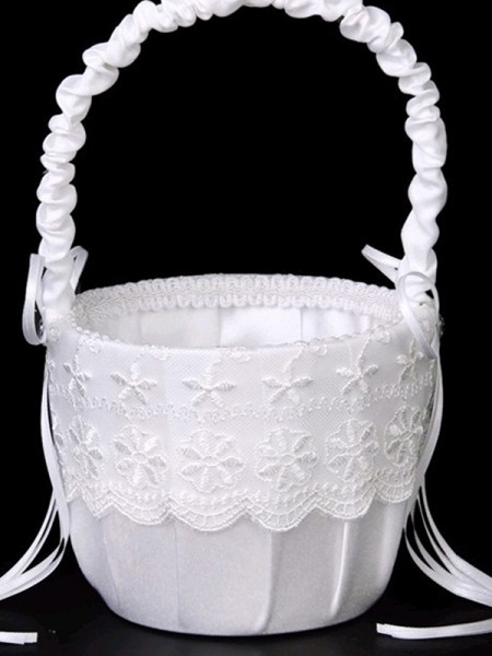 Perfect Flower Basket In Lace With Bowknot