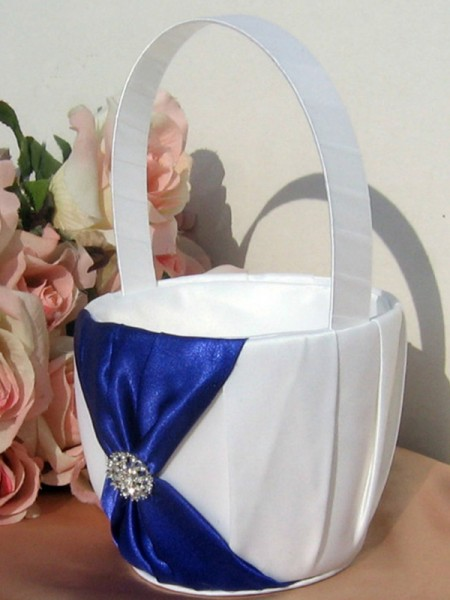 Lovely Flower Basket In Cloth With Rhinestone