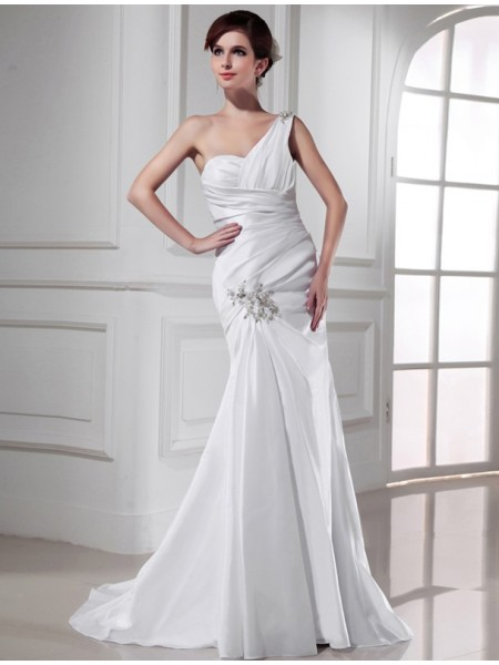 Trumpet/Mermaid One-shoulder Satin Long Wedding Dress
