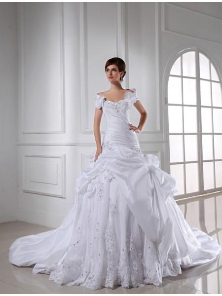 Sweetheart Long Taffeta Wedding Dress