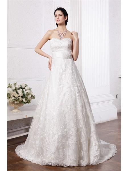 A-Line/Princess Sweetheart Sash Long Lace Wedding Dress